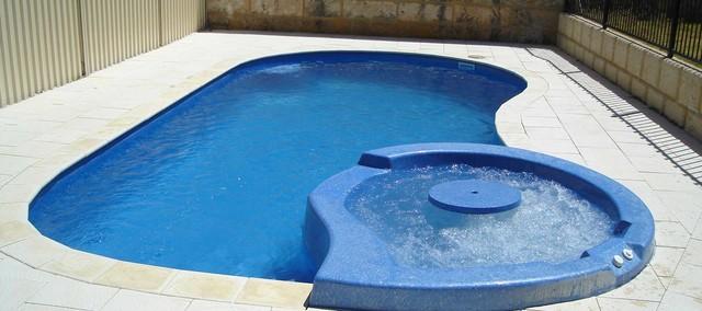 Tropicana spa exotique piscine other metro par for Prix piscine coque avec jacuzzi integre