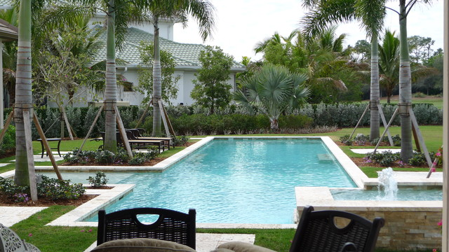 Tucker design naples for Pool design naples fl