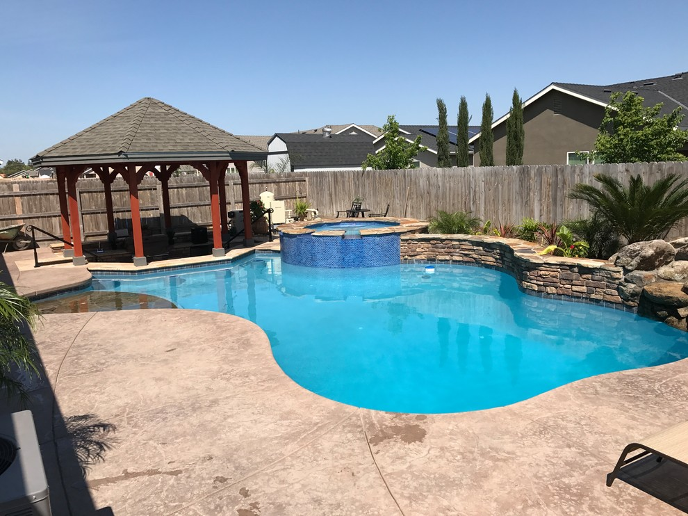 Tulare Custom Freeform Pool