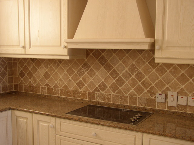 Tumbled Travertine Backsplash Tropical Pool Other