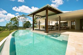 Tunba House - Tropical - Swimming Pool & Hot Tub - Brisbane