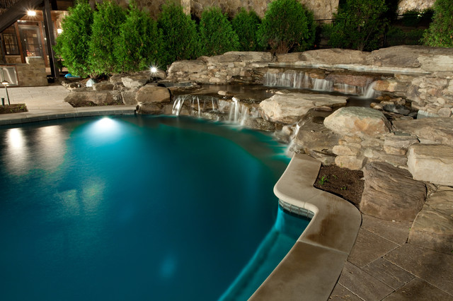 Tuscan Timbers eclectic-pool