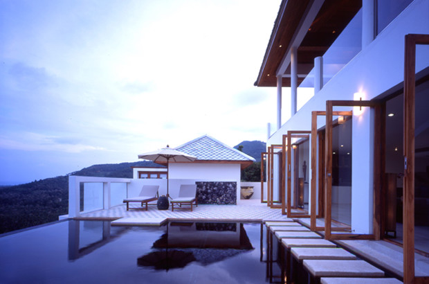 Twin Villa contemporary pool
