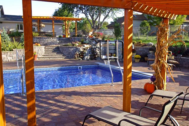 Ultimate Backyard Pools : Ultimate Backyard Challenge traditionalpool