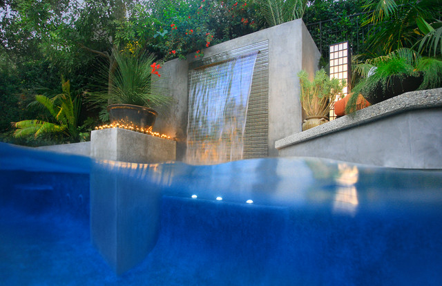 Los angeles modern cascade garden pool design by gary m for Building a swimming pool in garden