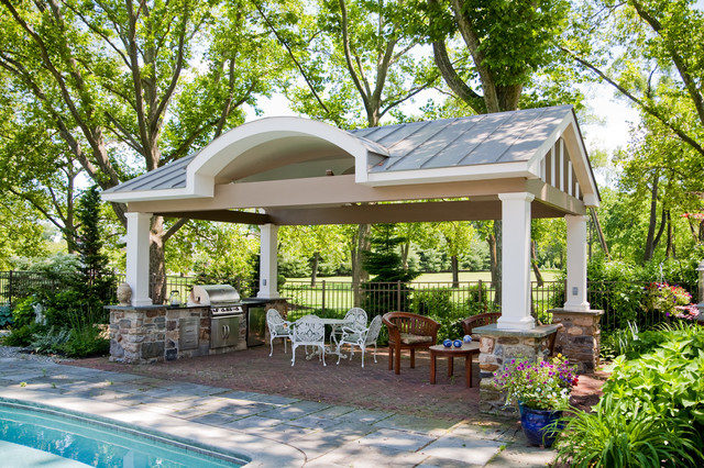 Upper Saucon Outdoor Kitchen traditional-pool