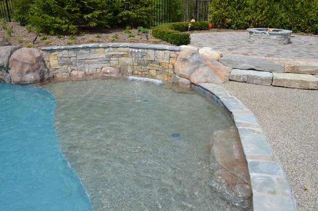 Upscale Entertaining Hybrid Swimming Pool {KLY} traditional-pool
