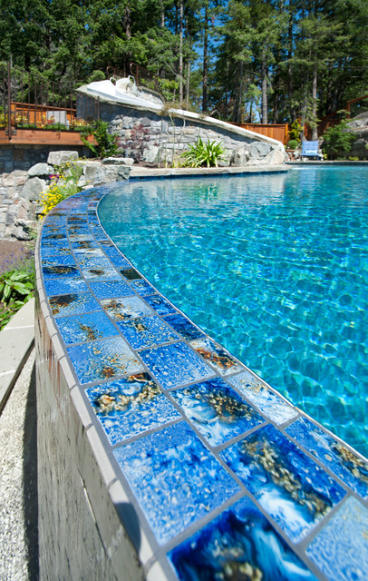 Vanishing Edge Contemporary Pool Vancouver By Alka