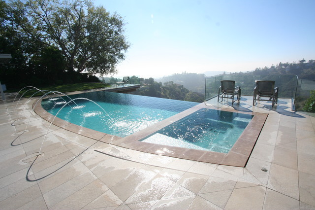 Vanishing edge perimeter overflow pools modern pool for Pool design los angeles
