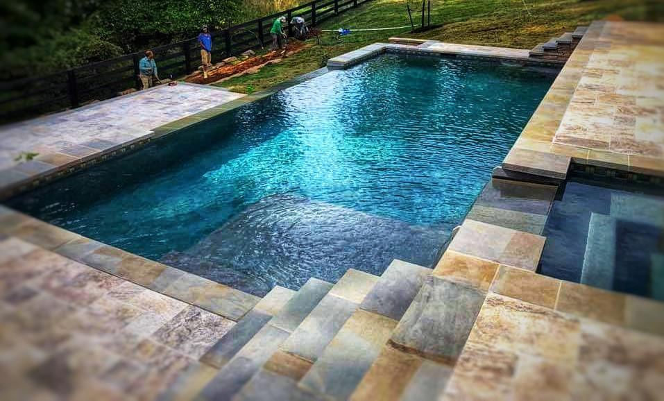 Vanishing Edge Pool