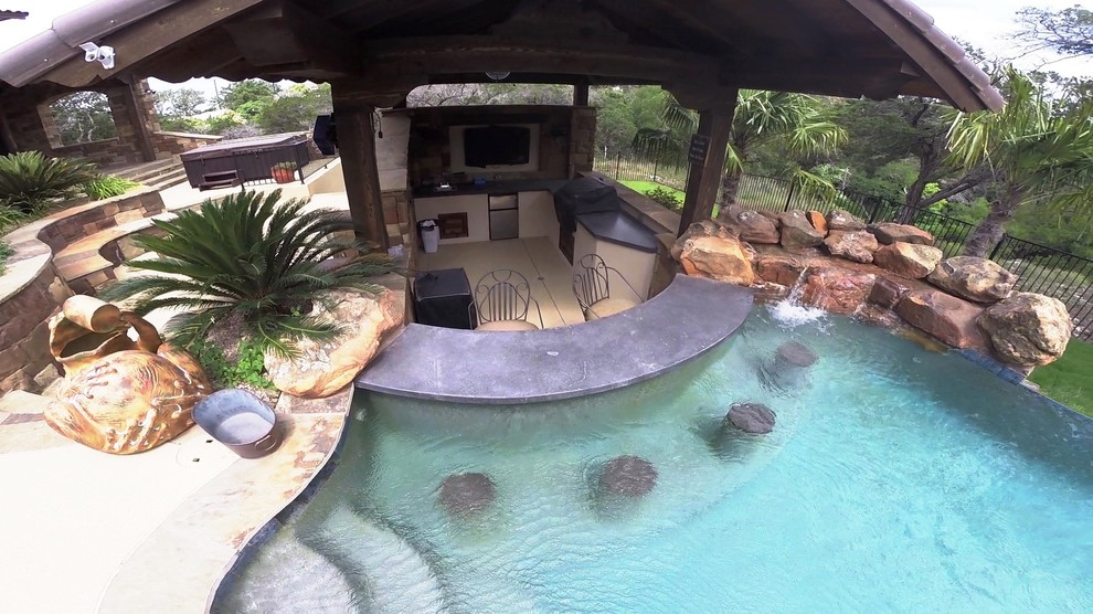 Vanishing Edge Pool With Swim Up Bar Pool Austin By Ocean Quest Pools By Lew Akins