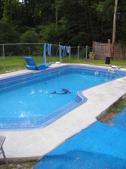 Viking fiberglass pools baja classique piscine for Piscine leisure pools