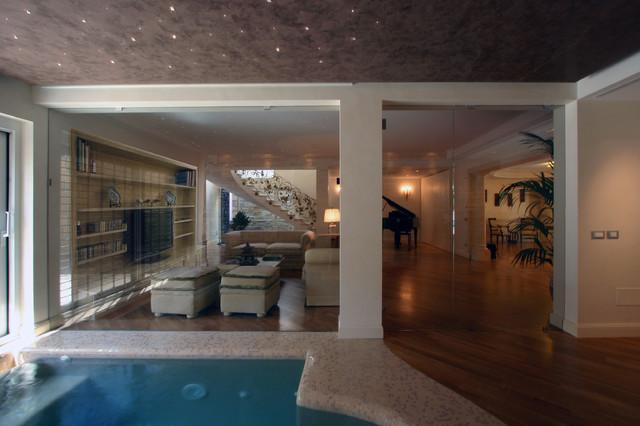 Villa all 39 eur roma eclettico piscina roma di - Piscina eur roma ...