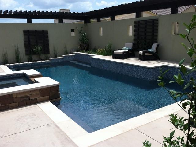 Villa Montana contemporary-pool