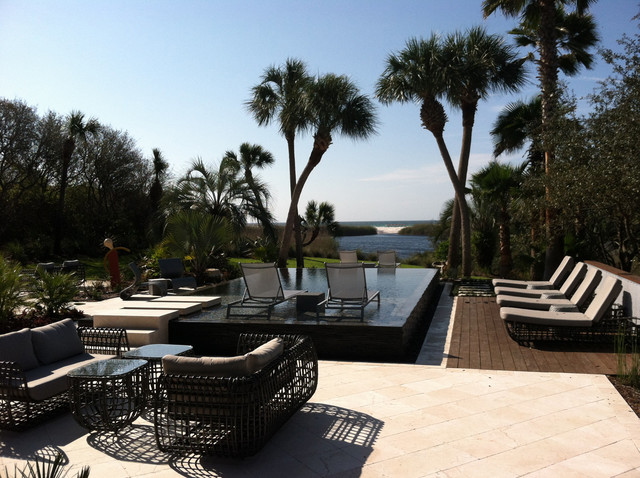 Walabe Residence modern-pool