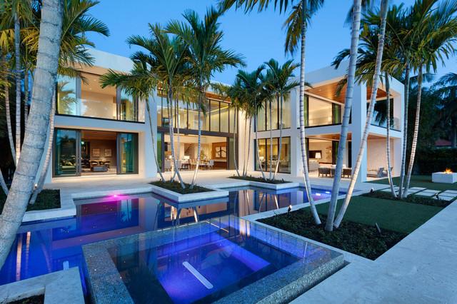 Warm modern in boca raton modern pool miami by for Pool design miami