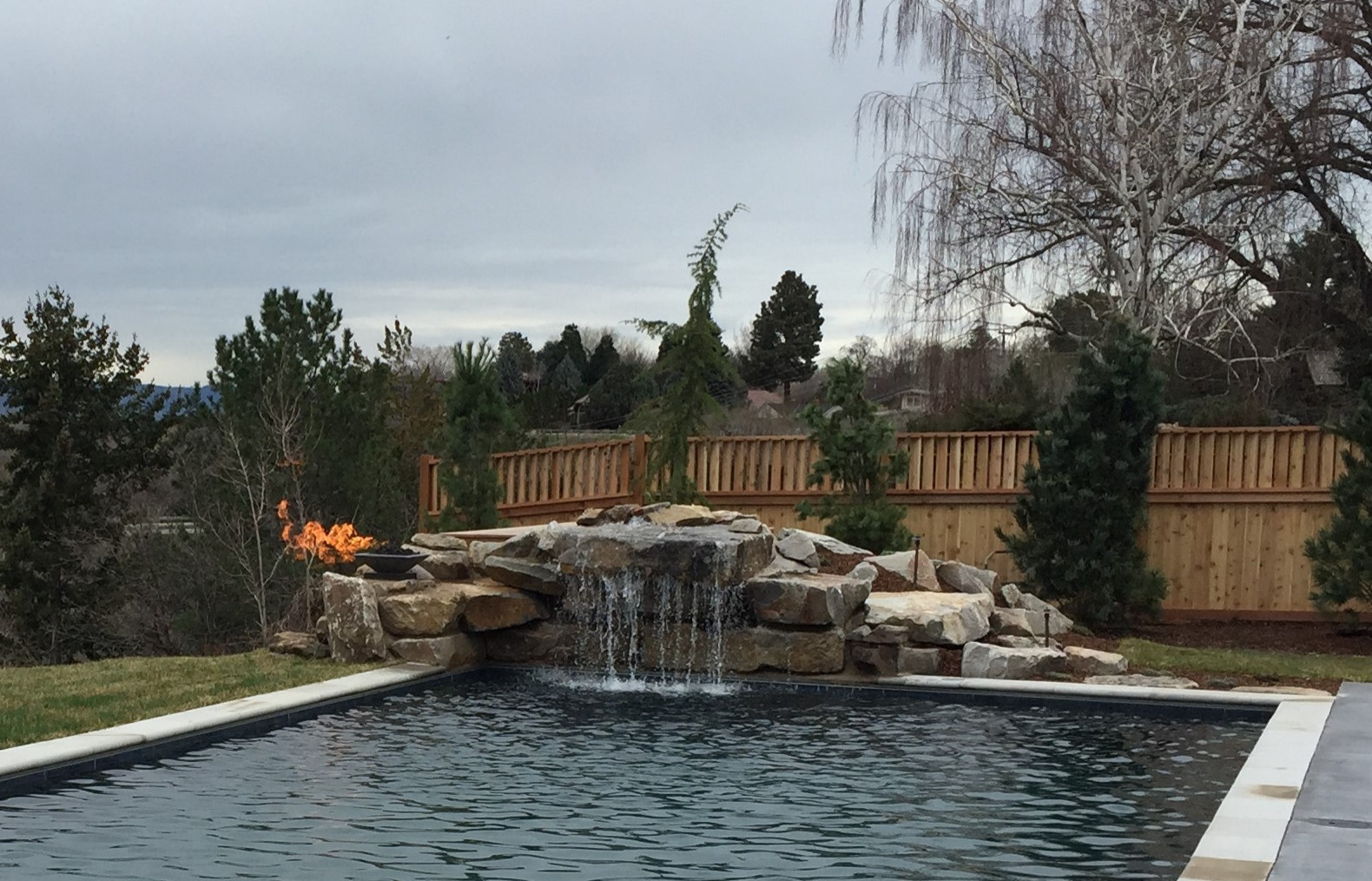 Water Feature Play Pool