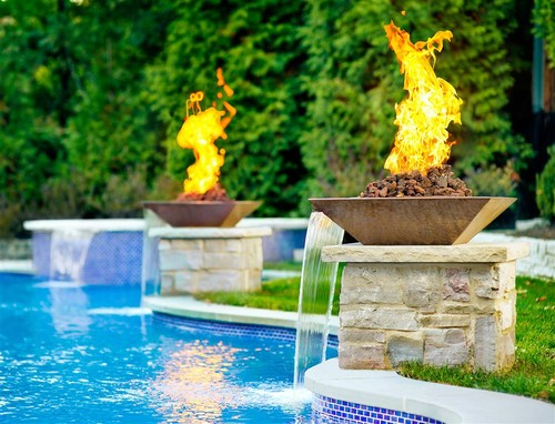 Pool with Fire Pit Columnar Designs
