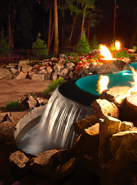 Water Features Traditional Pool Chicago By