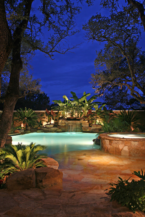 Tropical Swimming Pool Landscaping Ideas