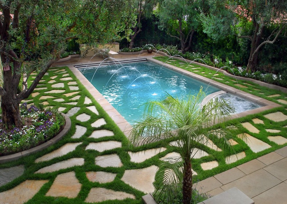 Tuscan stone pool fountain photo in Los Angeles
