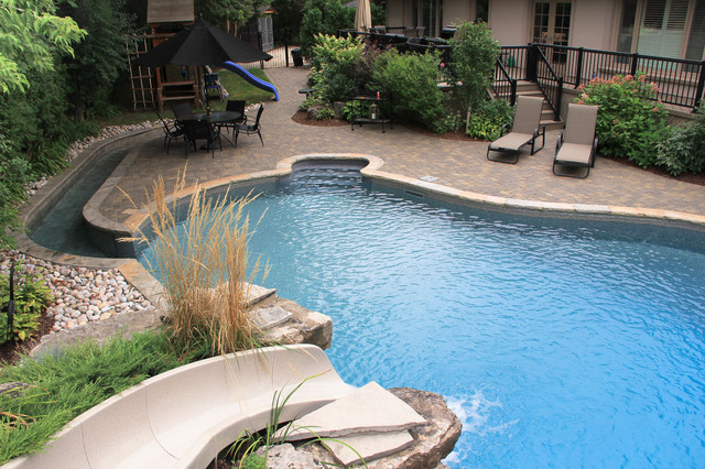 Wheelchair accessible swimming pool traditional pool toronto by jones pools for Duck repellent for swimming pools