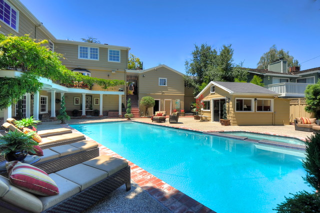 Willow Residence traditional-pool