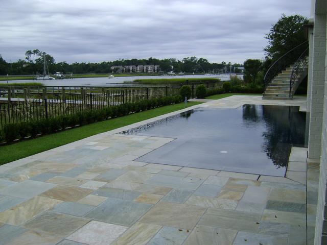 Wilmington tropical-pool