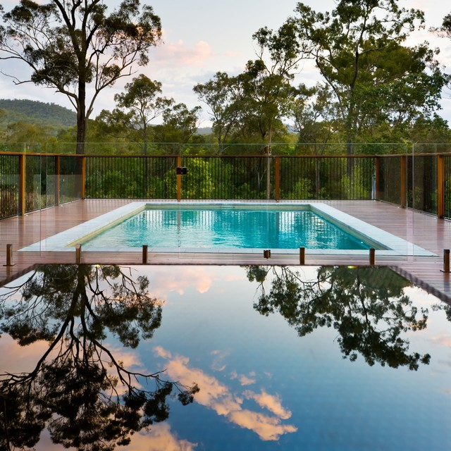 Yatala contemporary pool brisbane by utopia for Outdoor furniture yatala