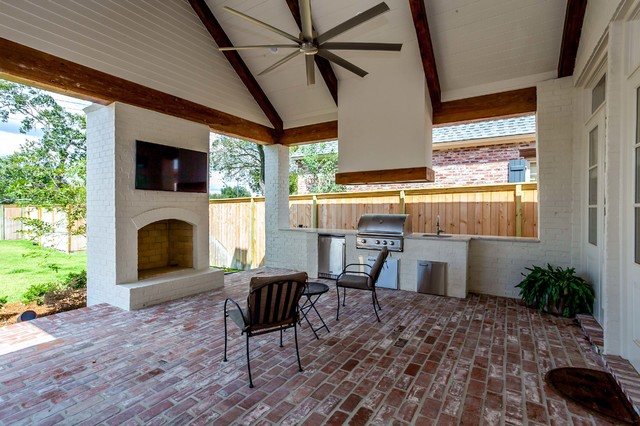 2-Story Traditional With Motor Court - Traditional - Veranda - New Orleans - by Lionel F Bailey ...