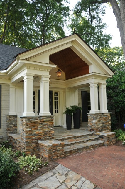 2008 Charlotte CotY Award Winner: Residential Exterior Under $100,000 traditional-porch
