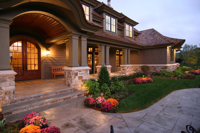 This is an example of a traditional porch design in Minneapolis.