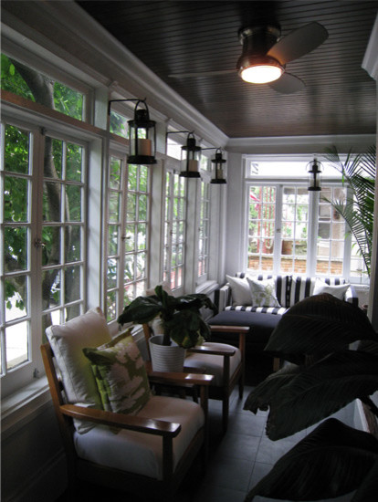 21 Liberty Place eclectic-porch