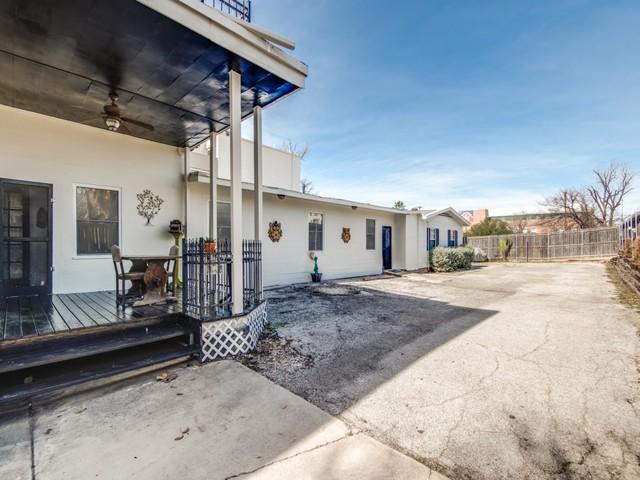 215 W Laurel St San Antonio Tx Eclectic Porch Austin By Gina Sohmer Realtor