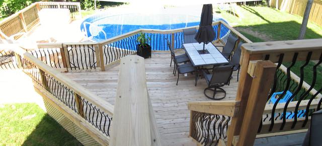 500 Sq Ft Backyard Pool Traditional Porch Ottawa