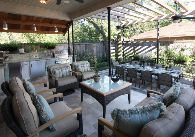 A Cooks Dream Outdoor Kitchen in Houston, TX traditional-porch