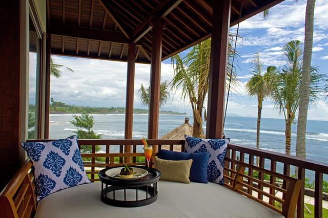 Anapuri Villa Saanti, Bali asian-porch