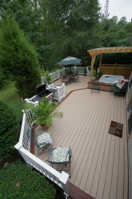 Arnold retreat traditional-porch