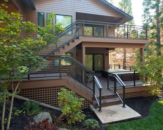 Inspiration for a contemporary porch remodel in Portland