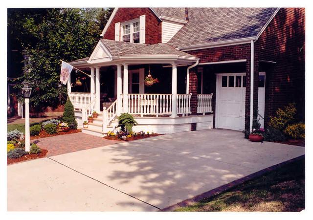 Baird traditional-porch