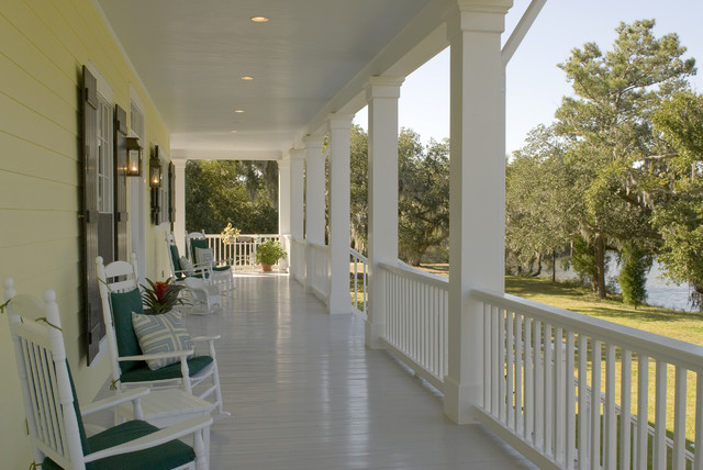 Bayou Oaks traditional porch