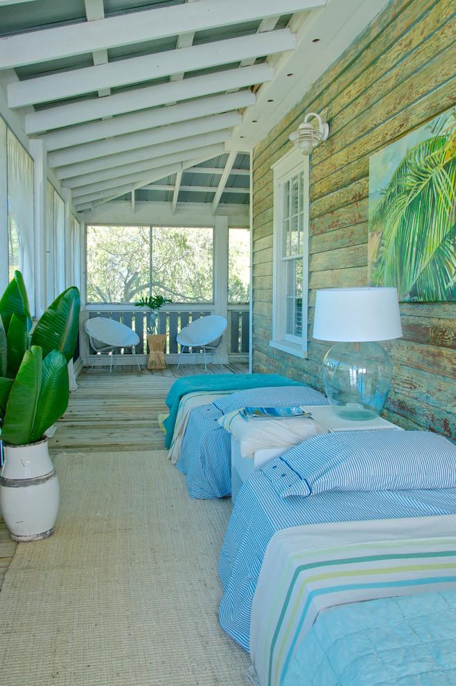Beach style porch idea in Jacksonville