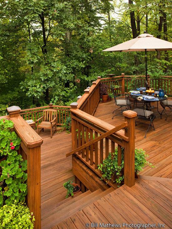 Tiered Backyard Decks : Beautiful Transition to Backyard Landscaping