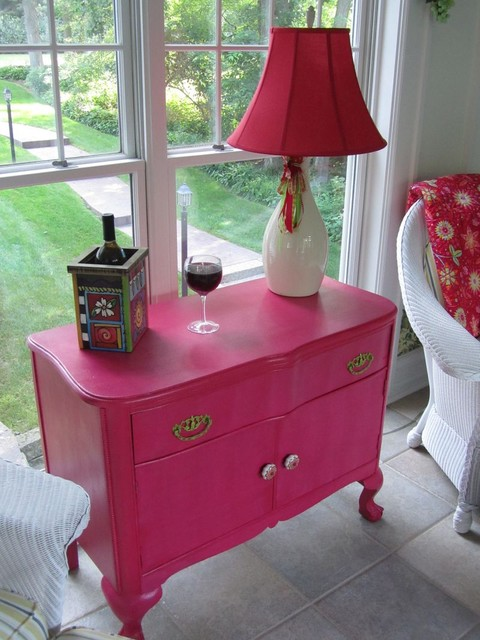 BeColorful Raspberry Chest traditional porch