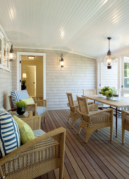 How can i achieve the look of a cape cod beach house with for Beach porch ideas