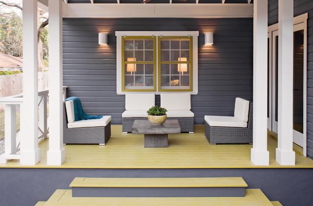 contemporary porch by Texas Construction Company