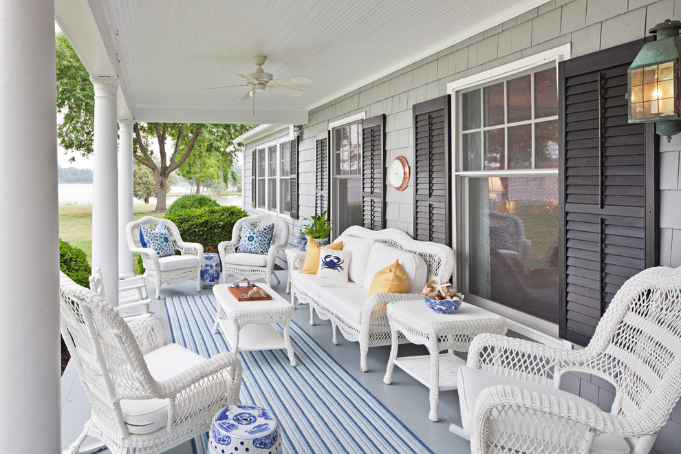 Classic porch idea in Baltimore with a roof extension