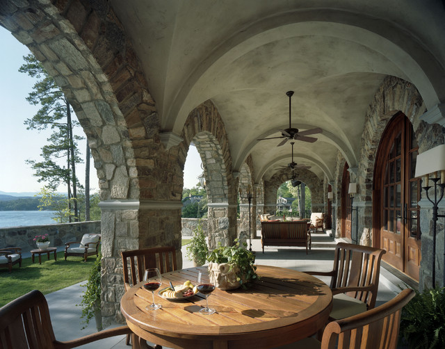 Brodbeck traditional-porch