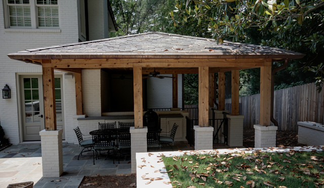 Brookhaven transitional-porch