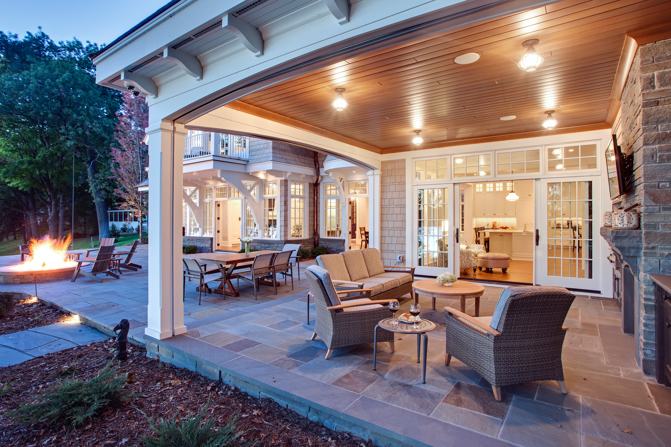 18 Beautiful Screened In Porch Pictures